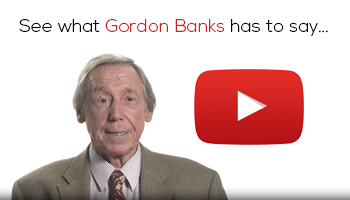 A picture of Gordon Banks offering to see what he has to say